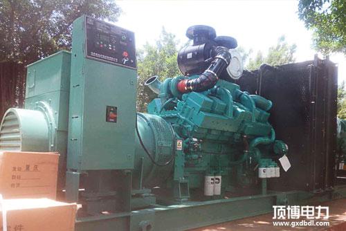 600KW康明斯柴油发电机发货中