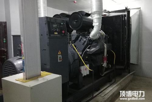 帕金斯柴油发电机组机房展示
