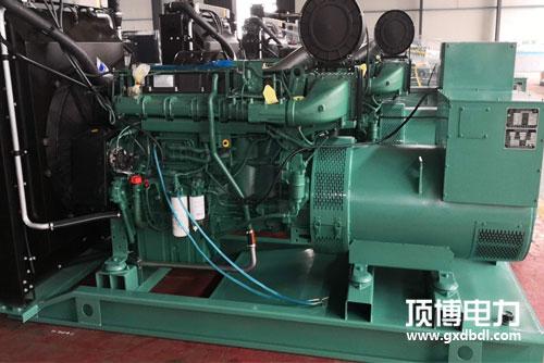 沃尔沃560WKW柴油发电机组