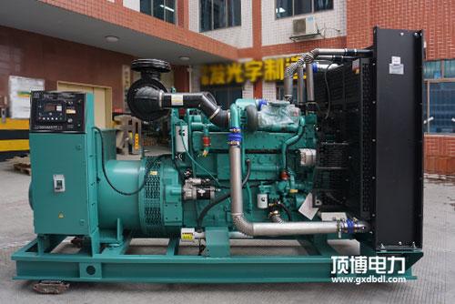630KW康明斯发电机组