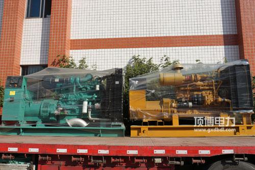 顶博电力两台柴油发电机组
