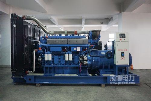 珀金斯柴油发电机组的机油如何进行润滑工作的
