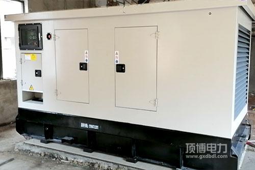 玉柴150KW静音发电机组