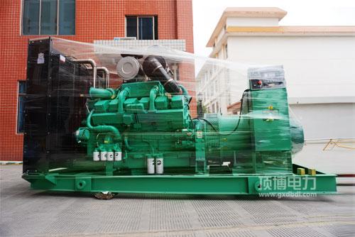 100KW沃尔沃发电机组每小时耗油多少钱