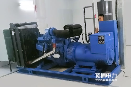 顶博电力分享柴油发电机组多台并机的拓展优势